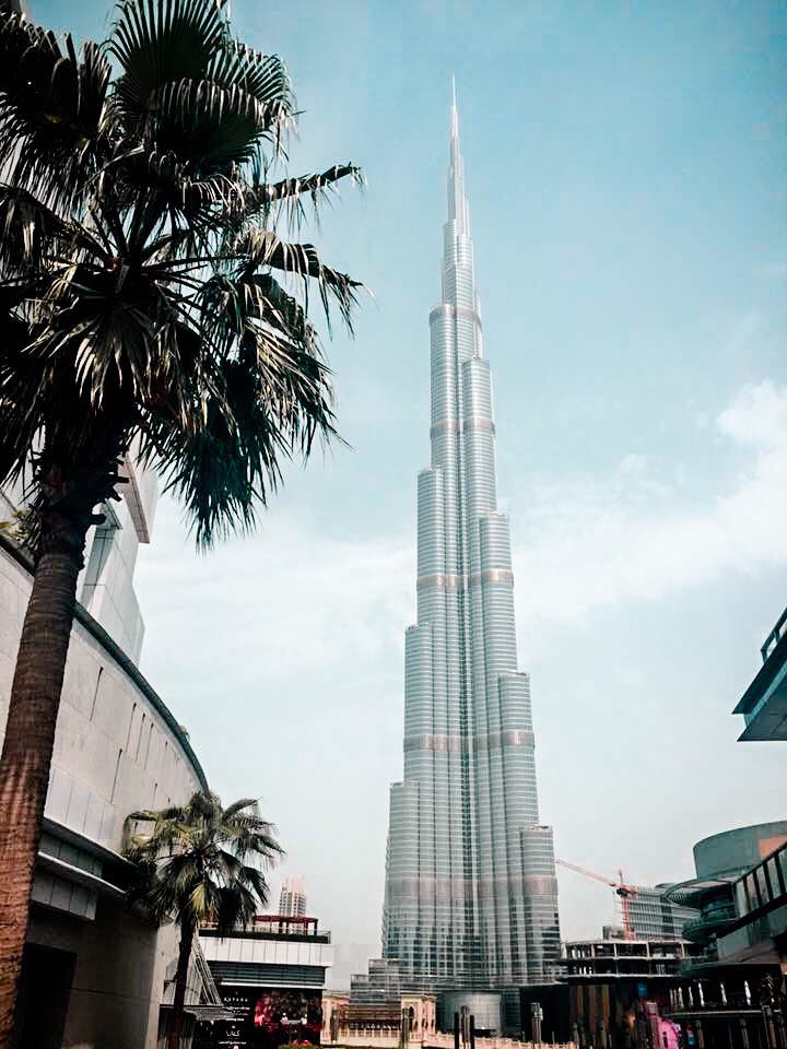 21 hour layover in dubai what to do and see in the city for Burj khalifa footprint